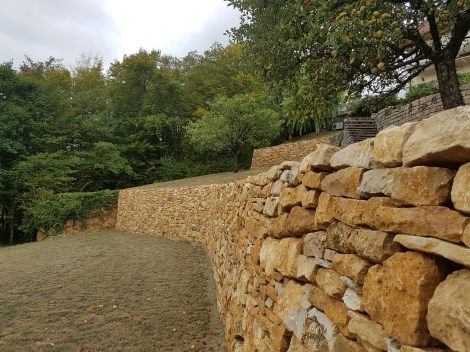 20170830_140004 - Soutènement pierres sèche sans béton Ht 3,50 m